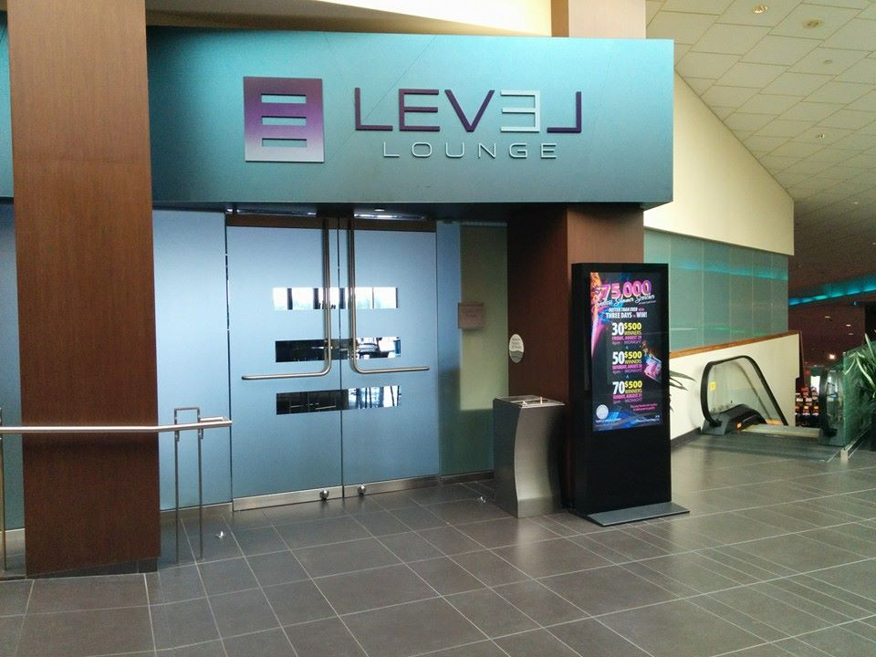 Level Lounge Uses Decorative Glass Film to Upgrade Entryway