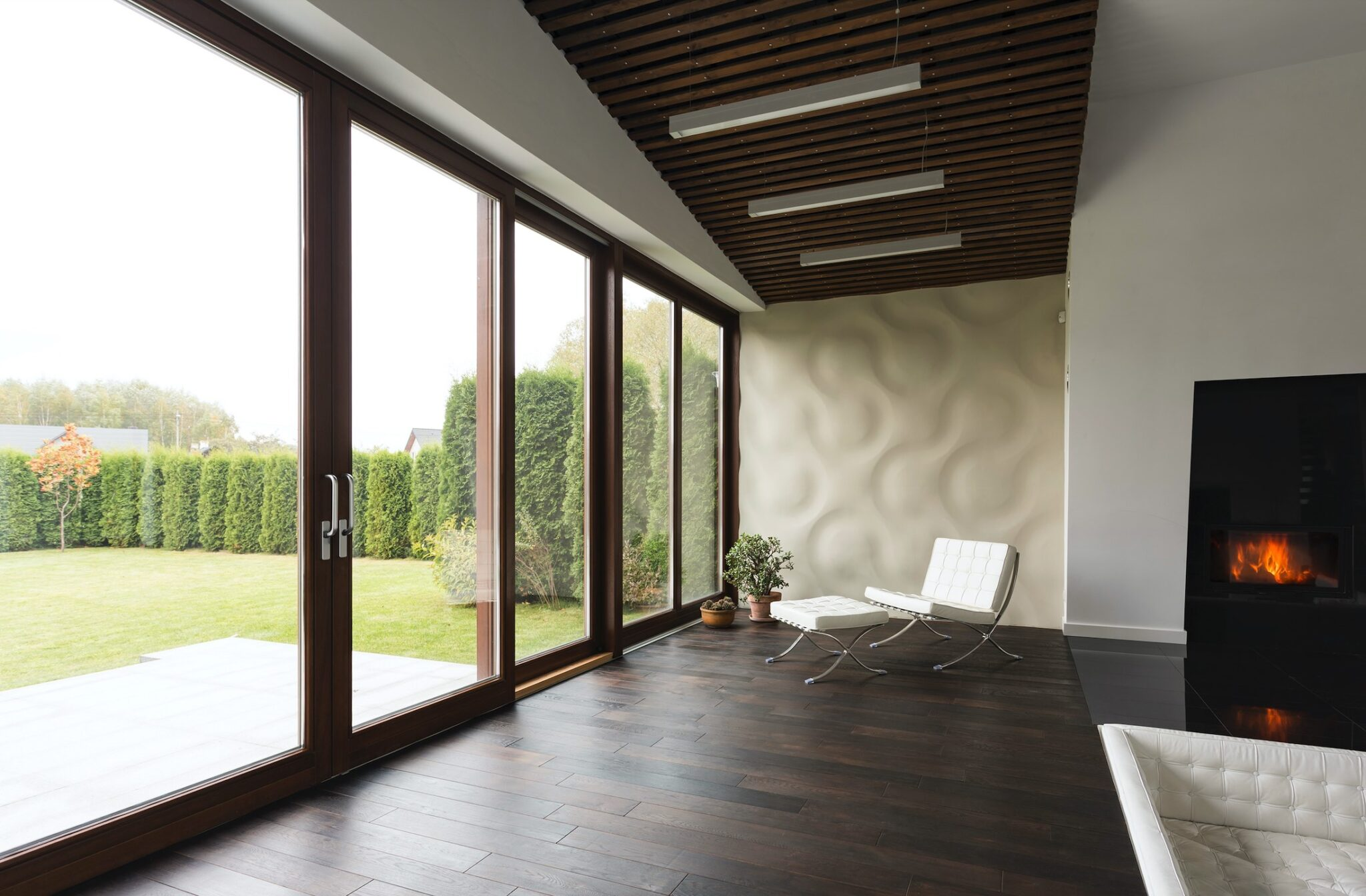House Window Tint Useful Information And The Pros & Cons of Using It - Home Window Film in Western Michigan